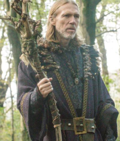 merlin arthur & merlin knights of camelot richard brake coat