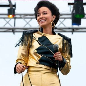 selena-quintanilla-golden-leather-jacket-1