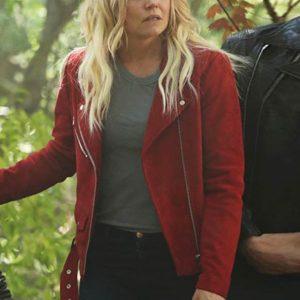 Emma_Swan_leather_jacket