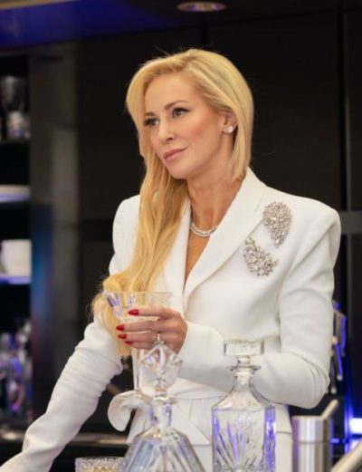 catherine black me you madness louise linton white coat