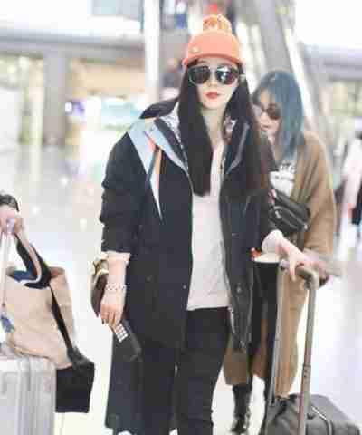 The 355 Lin Mi Sheng Jacket