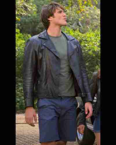 the kissing booth 3 jacob elordi jacket
