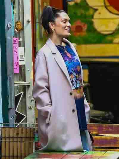 Jessie J Long Wool Pink Coat
