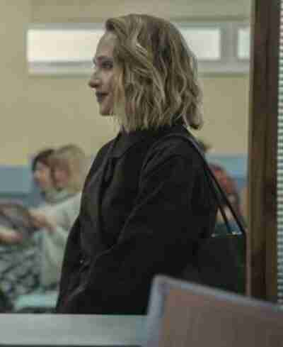 Sex Education S03 Hope Haddon Black Coat