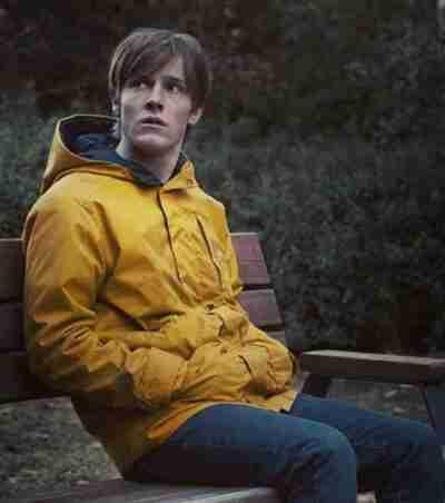 Dark Jonas Kahnwald Yellow Coat